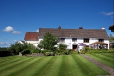 South Farm Holiday Cottages and Fishery